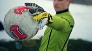 Adidas Predator Fingersave Allround 2013 Hands-On & Unboxing | Goalkeeper Gloves