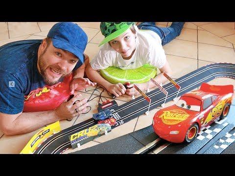 RACING DISNEY'S CARS 3 🚗 CARRERA GO !!!