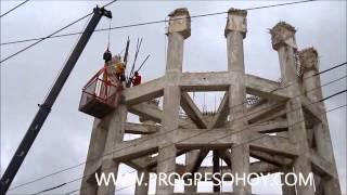 preview picture of video 'ProgresoHoy.com -- Demuelen tanque elevado en Progreso'
