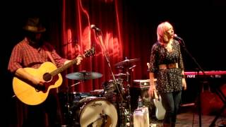 Ellie Holcomb - Magnolia.MPG