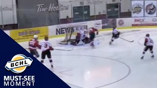 Must-See Moment: Jackson Alexeev scores a one-handed goal in tight