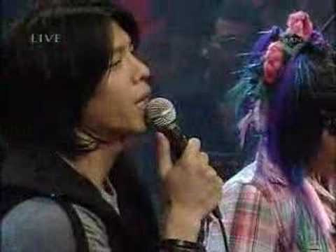 Peterpan Feat Melly - Menghapus Jejakmu Mp3