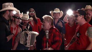 Genitallica Ft. Paquita La Del Barrio  La Leyenda - Invítame A Pecar Contigo (Video Oficial)