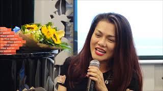 Ca sĩ Vy Thảo hát Lâu đài tình ái bằng giọng Quảng