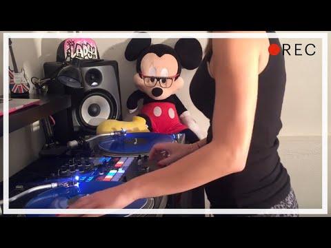 DJ Lady Style – The Classics Don't Lie!