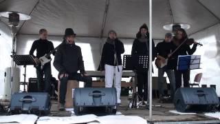 Video Parkoviště pro velbloudy - vánoční písničky s jedním psem a rekl