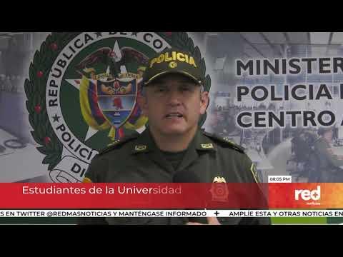 Red+ | Estudiantes de la Universidad de Antioquia se enfrentan a encapuchados
