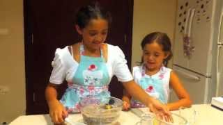 preview picture of video 'EID AL- HAJJ CUPCAKES (tala&toleen)'