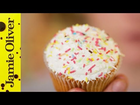 How to make Perfect Buttercream Icing | Cupcake Jemma