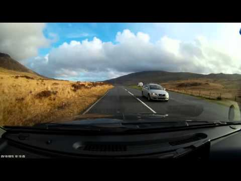 mobius-c2-wide-angle-actioncam--driving-around-snowdonia-1