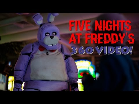 Five Night's At Freddy's in Real Life! 360 VIDEO – SCARY!