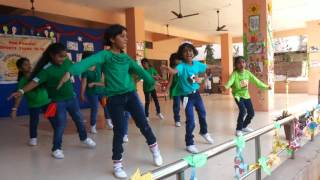 Chale chalo.. Dance by kids