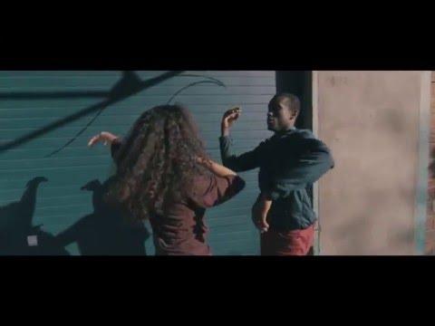 Clip: EECA LENZ – Body Language