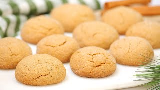 Chewy Ginger Molasses Christmas Cookies | Easy & Delicious Edible Gift Idea