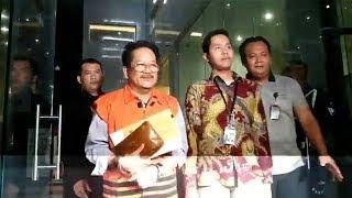 Tersangka Kasus Suap Infrastruktur di Kabupaten Mesuji Tampak Santai saat Hendak Ditahan KPK