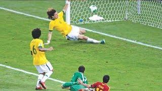 28 случаев когда футболисты СПАСЛИ свои ворота
