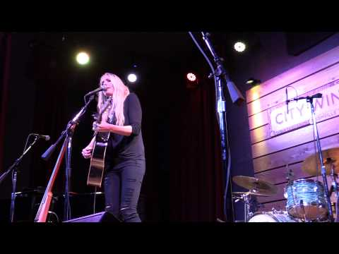 "Holly Williams, ""Sometimes"", LIVE in Nashville"