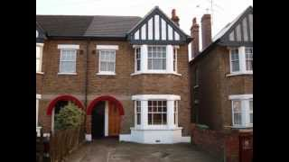 preview picture of video 'To Rent - Queens Road, Welling, DA16 3 Bedroom maisonette - £850 pcm'