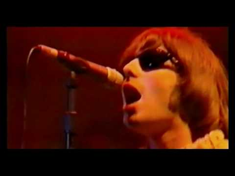 Oasis - Hello - Live at Knebworth (Part 4)