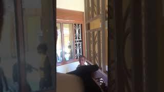 preview picture of video 'منزل الضيافة لاستقبال المتطوعين للعمل الخيري بأوغندا'