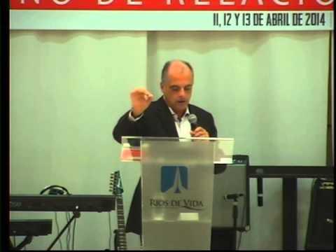 """""""La Iglesia que va adelante"""" – Carlos Mraida"""