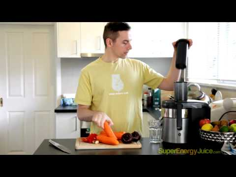 Video Juicing Recipe: How to Boost your Immune System   Winter Juice Cleanse