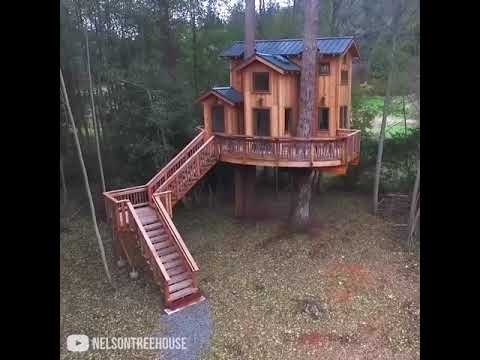 Супер дом за 4 часа ▶ That house is bigger than my entire house  Credit  Nelson Treehouse and
