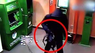 На банкомат Сбербанка с бензопилой! 10 невероятных случаев с БАНКОМАТАМИ минобороны