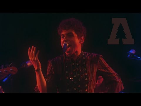 GRETA VAN FLEET *TALK ON THE STREETS* live in DETROIT ROCK CITY at RIFF  FEST 9/30/17 HD