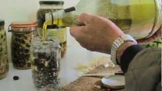 preview picture of video 'L'arte della conservazione delle olive'