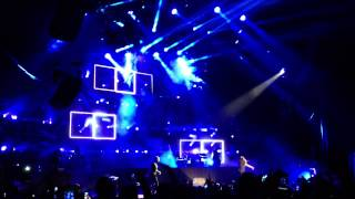 Waka Flocka Ft. Drake - Round of Applause [Live] [HD]