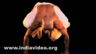 Kakasana (The Crow pose)