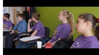 Смотрите видео о лагере Smart Teens