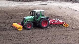 RC Traktor, Fendt 820 Vario TMS, Maßstab 1:9 im Einsatz, RC Tractor, Big Scale