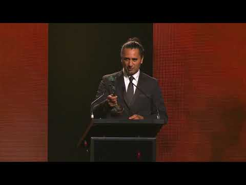 , title : 'World Class New Zealand Awards 2018 -  Cliff Curtis'