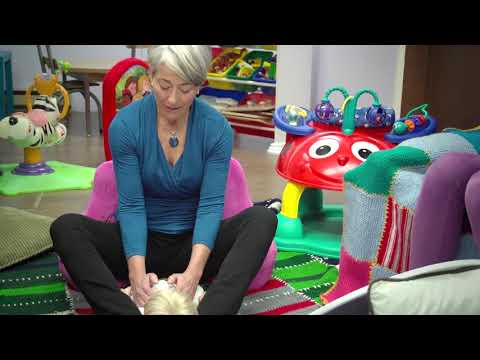 Baby Massage: A Relaxed and Quiet Approach