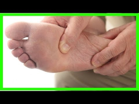 Der Ansatz auf dem Finger des Beines vom Foto