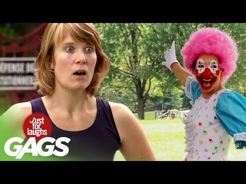 Clown Makes a Cop Disappear
