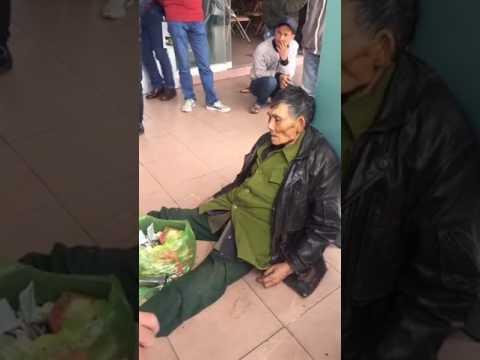 Cụ già ngồi chờ xe rồi chết tại bến xe Niệm Nghĩa -Hải Phòng