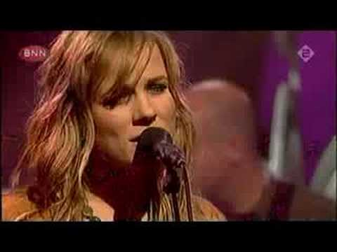 2006-09-02 - Ilse DeLange - The Great Escape (Live @ TOTP-NL