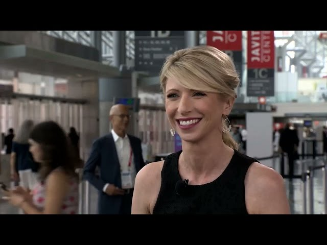 Amy-cuddy-interview-at-bookexpo