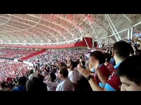 """""""Hinchada del bolso cantando en el Beira Río. Libertadores 2019"""" Barra: La Banda del Parque • Club: Nacional"""