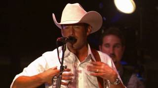 Aaron Watson - Hearts Are Breaking Across Texas (Live)