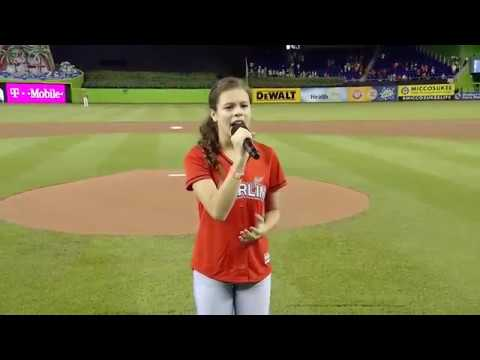 """Angelina Green """"NATIONAL ANTHEM"""" at the """"MIAMI MARLINS GAME"""" (видео)"""
