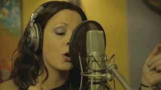 """What a Fool Believes"" The Doobie Brothers with Sara Evans"