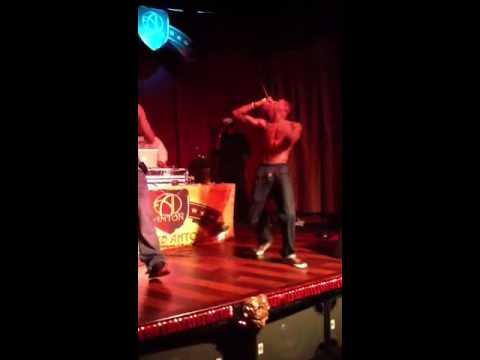 Guddah of 2solid Performing Live at Club Anton Oakland Pt 2