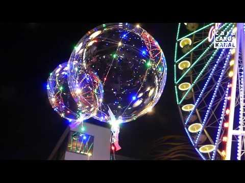 Duisburger Weihnachtsmarkt I Fliegende LED Ballons