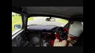 preview picture of video 'BMW Compact Cup Snetterton 2013 race 1'