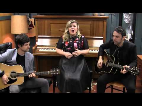 Kelly Clarkson - Piece By Piece (Acoustic)
