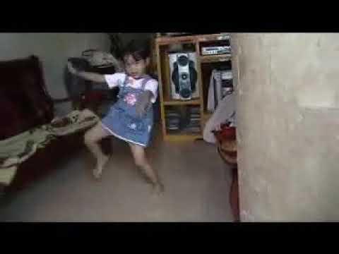 Dancing ronalen Jun 26, 2008